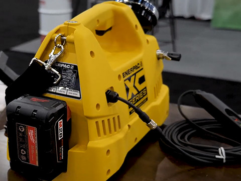 AWEA 2019: Aztec Bolting showcases New Enerpac XC Battery Powered Pump