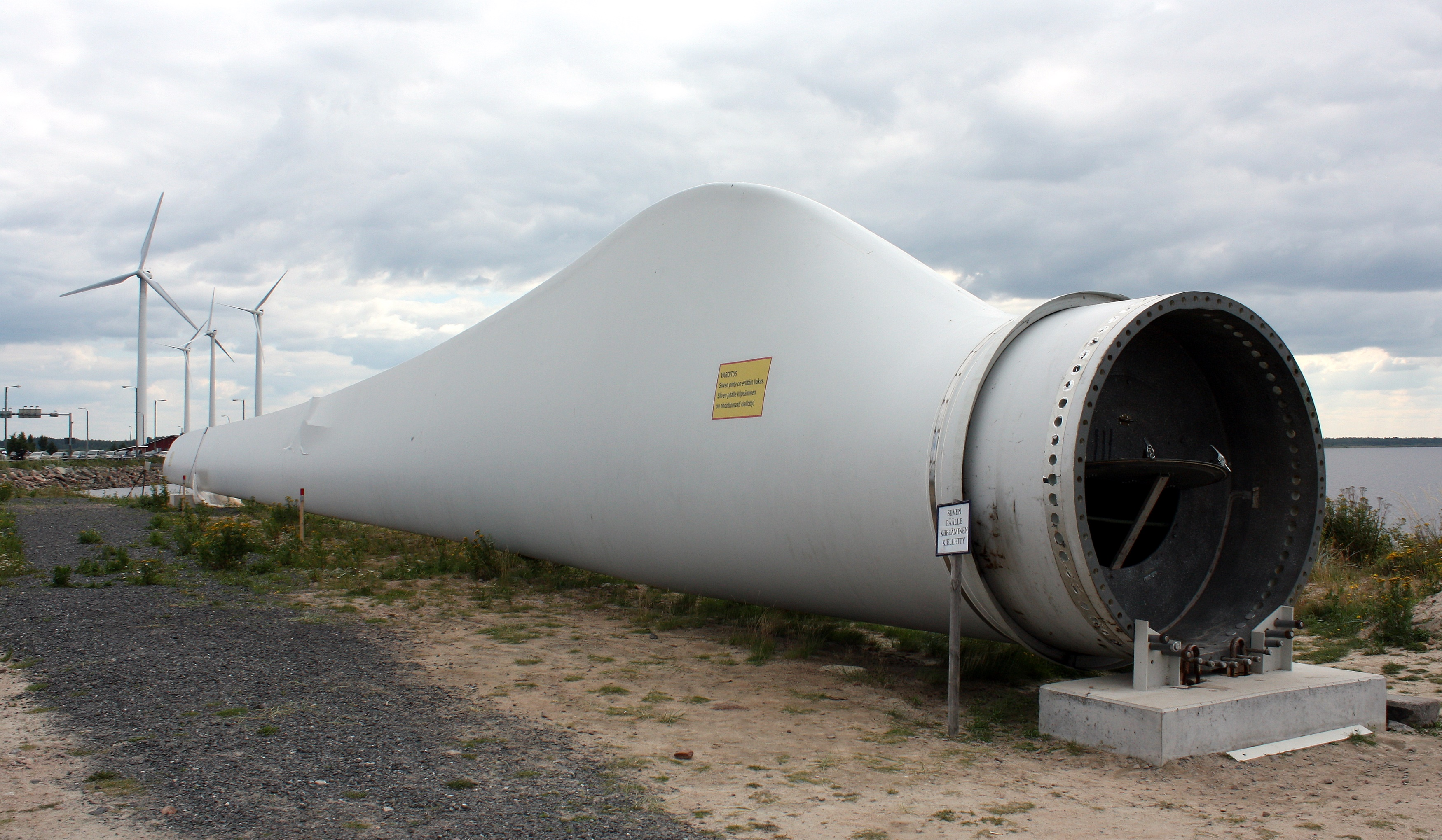 wind turbine accident